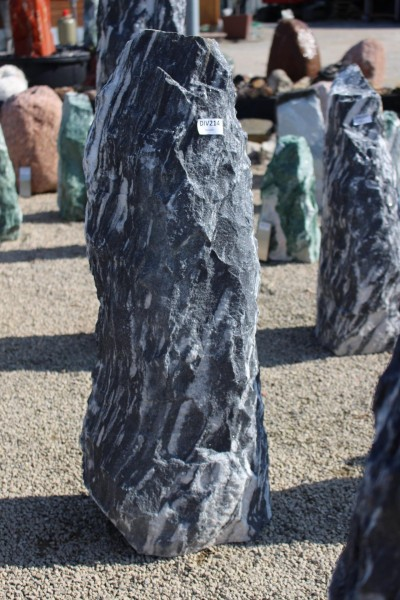 Black Angel Monolith ca. 33x23x100cm