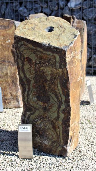 Quellsteinsäule aus Basalt ca. 25x24x56cm
