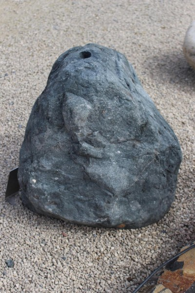 Quellstein Findling ca. 46x38x57cm